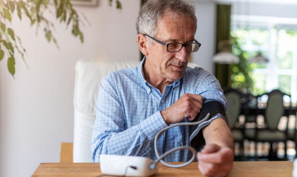 Blutdruck im Alter - Homviotensin® Infoseiten